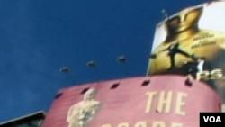 Como es tradicional, la ceremonia de entrega de los Oscar, se llevará a cabo en el Teatro Kodak, en Hollywood.