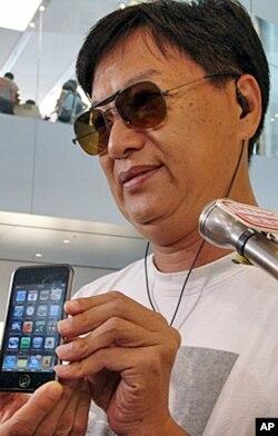 """蘋果電腦""""粉絲""""﹐香港的招鏡光認為喬布斯是一個獨特﹑值得尊敬和學習的人"""
