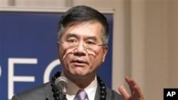 美国商务部长骆家辉2010年年11月在APEC会议讲美国出口问题