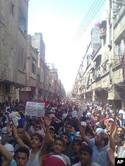 خۆپـیشـاندانی ناڕهزایی له گهڕهکی حهجهر ئهلئهسوهدی دیمهشقی پایتهختی سوریا، ههینی 24 ی شهشی 2011