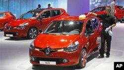 مدیر عامل خودروسازی رنو - نیسان گفت مایل است حضوری پایدار در ایران داشته باشد.
