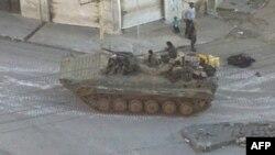 Сирійський танк на вулиці міста
