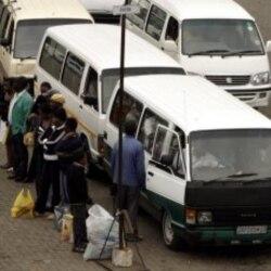 Funcionários da empresa de trasnsporte SGO mantêm greve em Luanda - 1:38