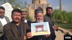 فرهنگیان از این اقدام برا زنده نگهداشتن آبدات تاریخی افغانستان استقبال کرده اند.