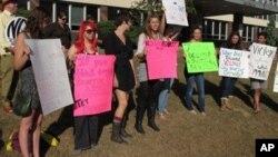 'ٹرننگ پوائنٹ' گھریلو تشدد کی شکار خواتین کی مدد کا ادارہ