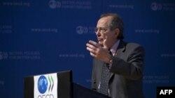 Главный экономист ОЭСР Пьер Карло Падоан. Париж. 8 сентября 2011 г.
