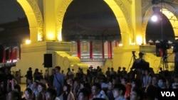 纪念六四晚会在自由广场举行