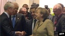Avropa liderləri maliyyə paketi barədə razılığa gəldi