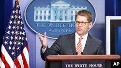정례브리핑에서 제이 카니 백악관 대변인. (자료사진)