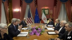 Perundingan nuklir Iran di Lausanne, Swiss (foto: dok). Mayoritas warga AS mendukung perjanjian untuk membatasi program nuklir Iran, menurut hasil jajak pendapat.