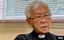 天主教香港教区荣休主教陈日君接受美国之音访问。(美国之音汤惠芸)