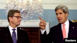 El secretario de Estado, John Kerry y su homólogo alemán, Guido Westerwelle, después de su encuentro en Washington.