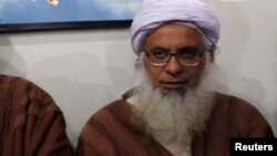 مولانا عبدالعزیز (فائل فوٹو)