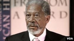 A pesar de sus 72 años, Morgan Freeman luce una buena apariencia y muchas ganas de continuar en la industria cinematográfica.