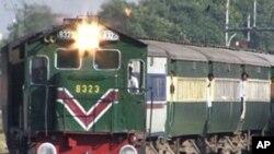 پاکستان ریلوے کی بہتری کے لئے سپریم کورٹ بھی کوشاں