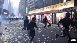 10月1日香港灣仔示威群眾。