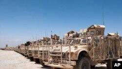 在阿富汗等待撤出的美軍裝備