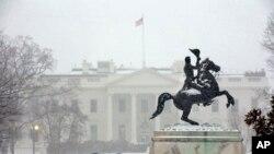 Bão tuyết lớn lại đổ xuống miền đông Hoa Kỳ