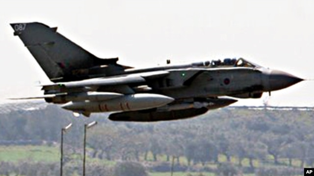 A British RAF Tornado jet takes off from Gioia del Colle air base, near Bari, southern Italy, March 24, 2011