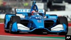Le suédois Felix Rosenqvist lors d'une séance d'essais pour la course automobile IndyCar Classic, le 22 mars 2019, à Austin, Texas. (Photo AP/Eric Gay)