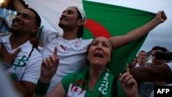 Des supporters algériens, le 30 juin 2014.