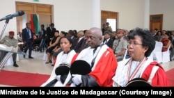 Elise Alexandrine Rasolo, la Ministre de la Justice, lors d'une cérémonie à Antananarivo. (Ministère de la Justice de Madagascar)
