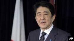 PM Jepang Shinzo Abe melakukan lawatan ke-3 negara: Indonesia, Thailand dan Vietnam, di mana Jepang punya investasi dan perdagangan yang besar (foto: dok).
