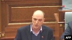 Parlamenti i Kosovës miratoi një mocion të ri për masa të ndërsjella me Serbinë