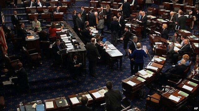 Dengan selisih 60 lawan 37 hari Selasa (7/1), Senat AS sepakat untuk meneruskan perdebatan tentang program tunjangan pengangguran (foto: dok).