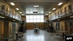 Военная тюрьма, где содержится Роберт Бэйлс