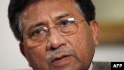 Bivši predsednik Pakistana Pervez Mušaraf smatra da prekid pomoći Pakistanu nije u interesu SAD.