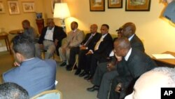 Wasu shugabanni a Somalia da yankin Somaland da ya yanke suke taro.