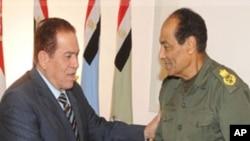 مصر: عبوری وزیرِاعظم کو صدارتی اختیارات تفویض