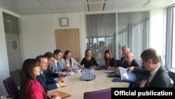Kosovo, Serbia - dialogue