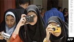 ایالات متحده از کوشش های صلحجویانه و شجاعانه زنان ایران برای تامین حقوقشان حمایت می کند