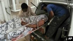 کراچی کو فوج کے حوالے کرنے کا مطالبہ