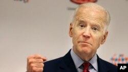 Phó Tổng thống Biden gọi vụ đâm chết một người Mỹ hôm thứ ba là 'một hành động khủng bố ác độc'.
