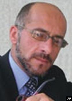 ههژار شامیل