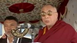 Dalai Lama Visits Tibetan Muslims in Kashmir after 25 years