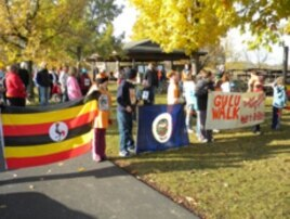 Dayton fifth graders held their first GuluWalk fundraiser in Minnesota on Oct. 24, 2009.