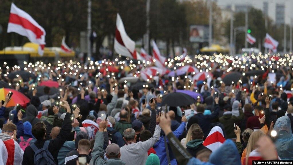 白俄罗斯民众游行示威要求卢卡申科下台。(2020年9月27日)
