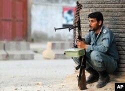 Afg'on politsiyachi