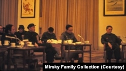 FILE - Jonathan Mirsky, far left, met with Zhou Enlai, far right, in Beijing on a trip organized by the Committee of Concerned Asian Scholars in March 1972.