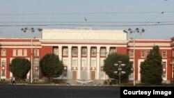 Tojikiston Oliy Majlisi, Dushanbe