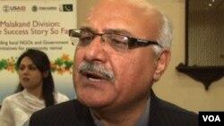 خیبر پختون خواہ کے وزیر اطلاعات میاں افتخار حسین (فائل فوٹو)