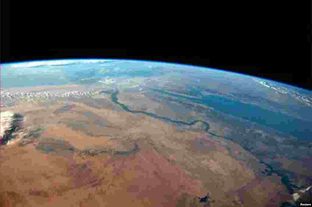 The Egyptian desert meets the Red Sea on a cloudless afternoon in this photo tweeted by first-time astronaut Reid Wiseman. Wiseman is one of six men living aboard the International Space Station.