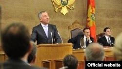 Crnogorski premijer Milo Đukanović u Skupštini Crne Gore (Biro)