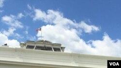美国之音记者目击日本首相安倍访美