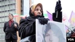 La condena de Shakineh Mohammadi Ashtiani despertó protestas en todo el mundo, como la que se realizó en Bélgica.