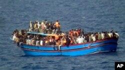 100.000 người đã vượt biển đến Italia trong năm nay.